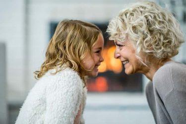 祖母へのプレゼントはこれがおすすめ!お誕生日や敬老の日におばあちゃんを笑顔にできる12選