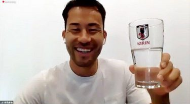 サッカー吉田麻也「日本の応援は温かい」 オンラインでファンと交流