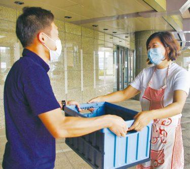 町民有志が食で支援 医療従事者へ弁当配達