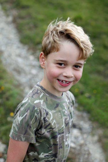 ジョージ英王子7歳に、近影公開