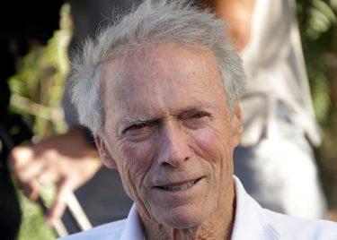 90歳のクリント・イーストウッドが新作で監督と主演に挑戦