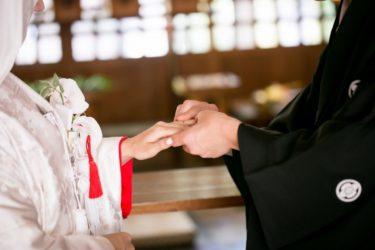 今「和装婚」がアツい!神前式や神社婚の費用やおすすめの神社をご紹介