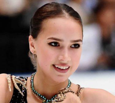 ザギトワがロシア杯のエキシビに特別出演 活動休止中も圧巻表現力で観客魅了