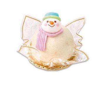 Snow Manメンバーも「かわいすぎて食べられない」不二家の「雪だるまケーキ」完成度高すぎ!