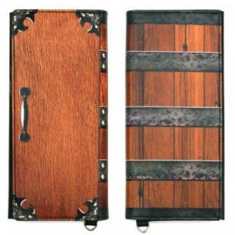 炭治郎が背負う木箱をデザインした長財布 開いてみるとビックリ!そこには寝ている禰豆子が…?