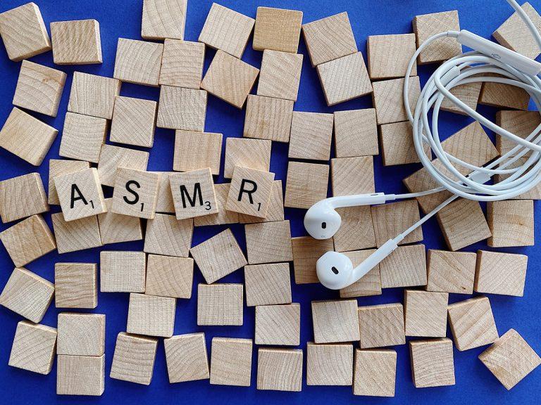 話題のASMR動画で癒される人続出!ASMRとは一体どんな動画?初心者におすすめ動画3選をご紹介