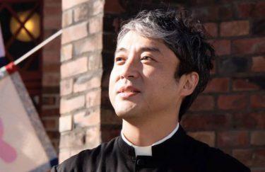 ムロツヨシ、意外にも映画初主演! 娘のために奔走する牧師役「この物語の父になりたい」
