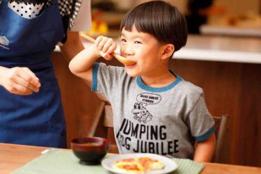 子どもに食べさせたい味噌汁とパンのレシピ8選! 時短で栄養満点