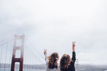 幸せな人の共通点は?ハッピーな人の考え方や習慣4選