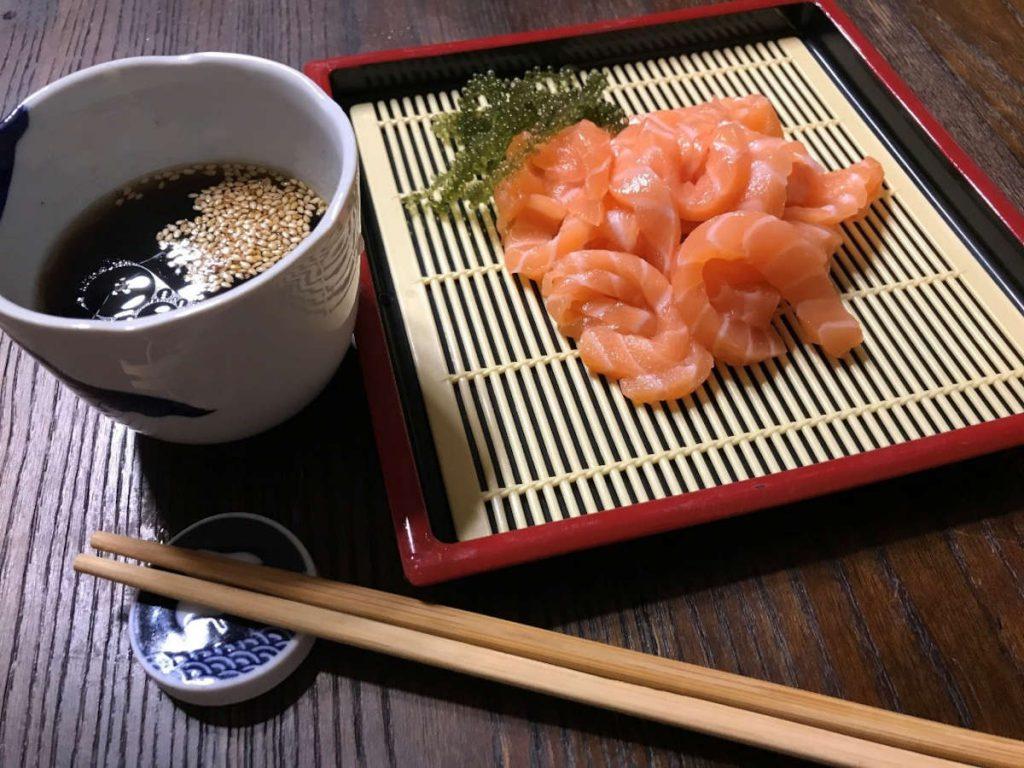 コストコサーモンフィレのレシピ「サーモン麺」