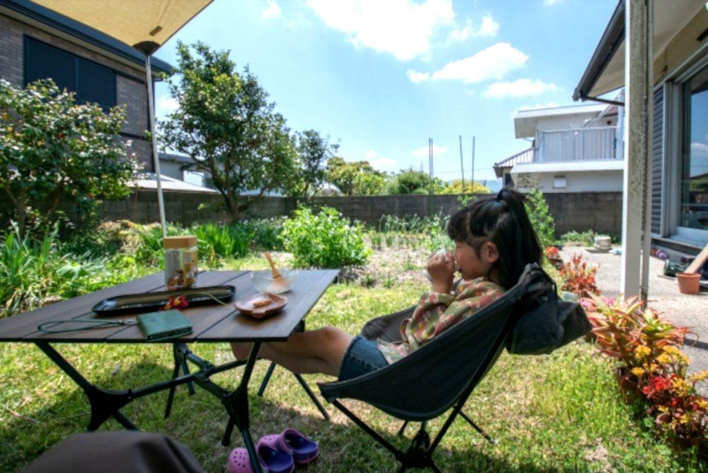 庭でキャンプ気分のイメージ