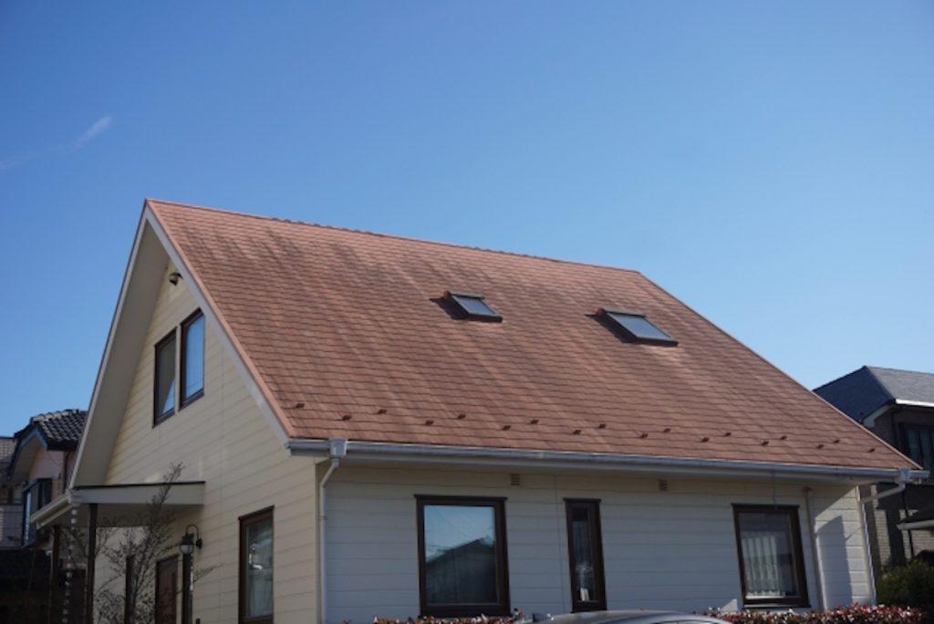 【予算目安1,000万円】シンプルな外観や間取りでコストを抑えた家