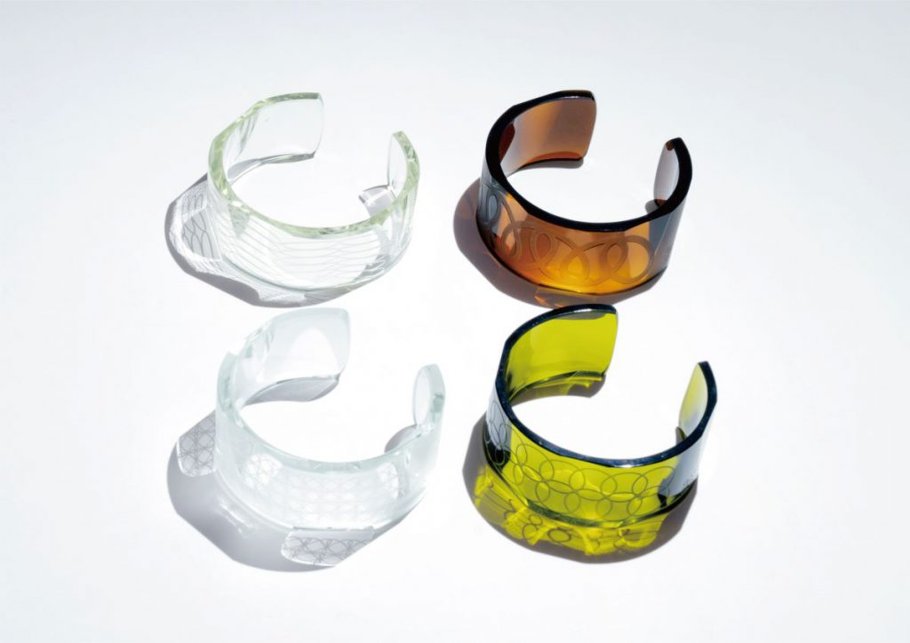 "SDGsなファッションアイテム・江戸切子バングル「GLASS-LAB NEW PRODUCT ""WA""」"