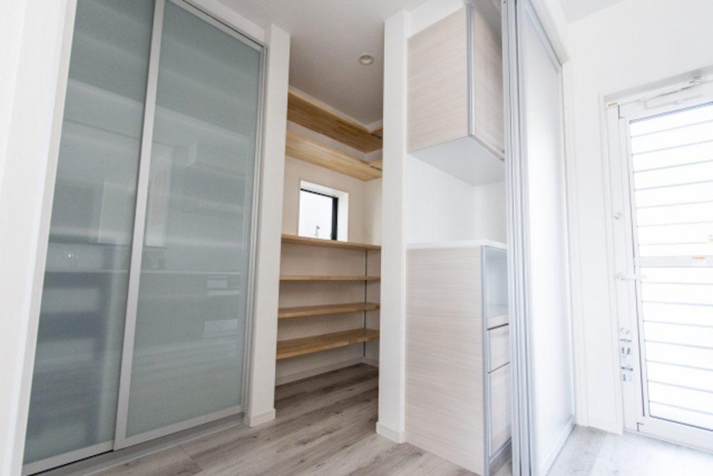家具配置と収納から間取りを決める