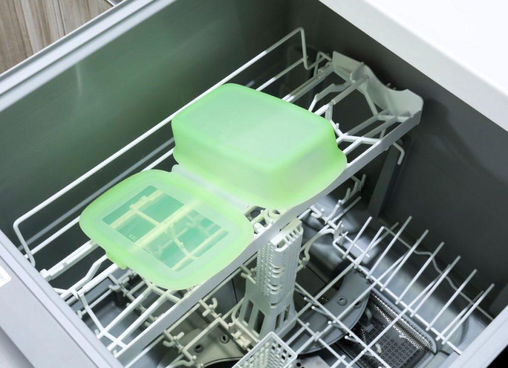 食器洗浄機対応なので洗う手間も必要なし!Lekueの「リユーサブルシリコンボックス」