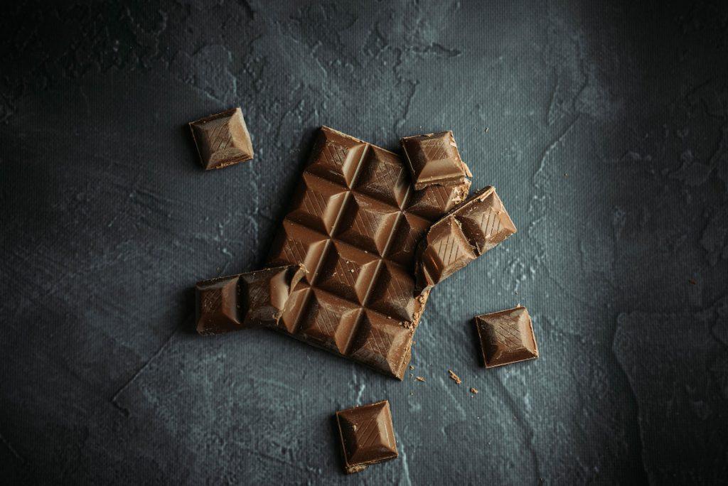 おすすめ人気フェアトレードチョコレート12選|なぜフェアトレードが必要?チョコ製造の問題から値段の秘密まで