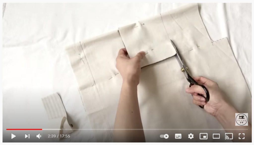 手順1.生地を中表に重ねて型紙をうつし、表地と裏地を重ねて裁断します。_3