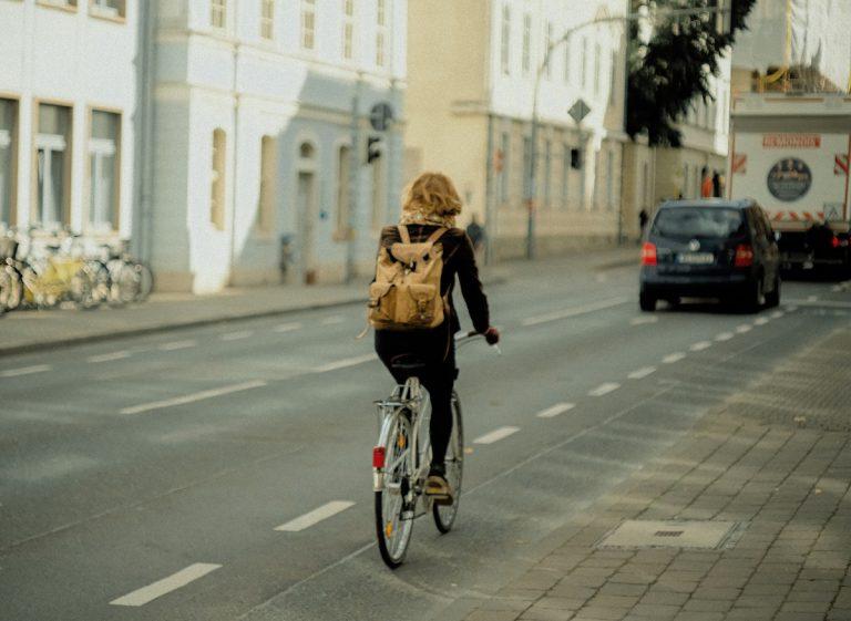 自転車通勤のダイエット効果は?本当に痩せる?通勤距離5kmから実践できる自転車通勤ダイエットのススメ